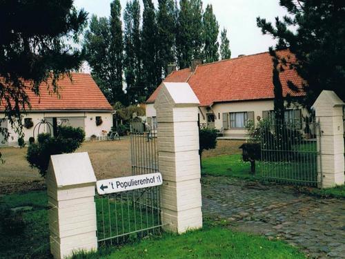 Harelbeke Hulste Brugsesteenweg 15A-17