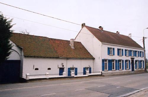 Sint-Pieters-Leeuw Pepingensesteenweg 229/1