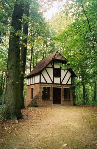 Sint-Pieters-Leeuw Konijnestraat 172-172B paviljoen