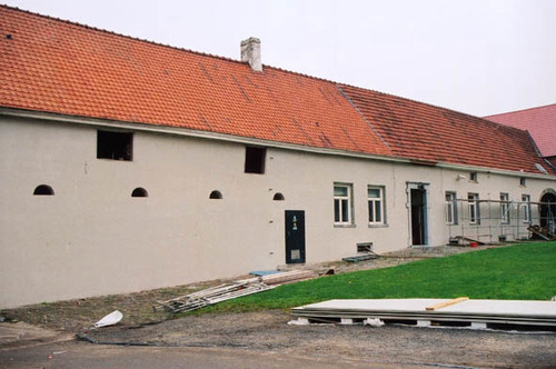 Sint-Pieters-Leeuw Lenniksebaan 1479