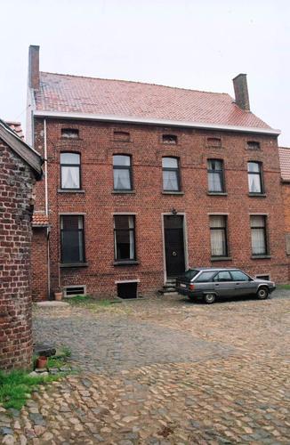 Sint-Pieters-Leeuw Rekerstraat 25, 25A-D