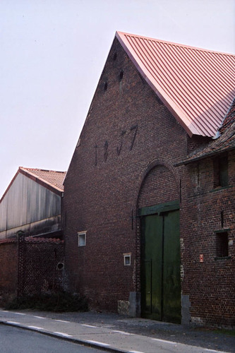 Sint-Pieters-Leeuw Romestraat 1