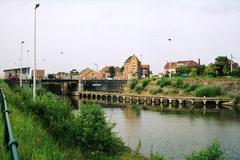 Sluis 9 en bijhorende brug