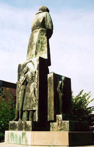 Sint-Pieters-Leeuw Kerkplein zonder nummer monument