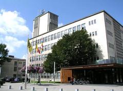 Antwerpen Maurice Dequeeckerplein 1 (https://id.erfgoed.net/afbeeldingen/102358)