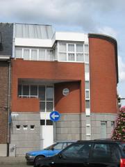 Hoekcomplex ontworpen door J. Van Oevelen
