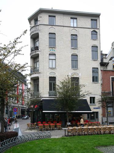 Antwerpen Theodoor Van Rijswijckplaats 1 Nationalestraat 33