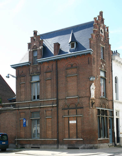 Antwerpen Dolfijnstraat 38
