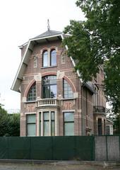 Cottagevilla met art-nouveau-inslag