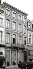 Twee neoclassicistische appartementsgebouwen