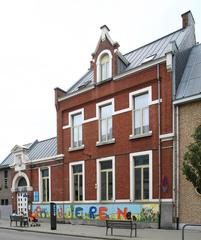 Stedelijke Kindertuin 5 en woning onderwijzeres