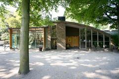 Antwerpen Koningin Astridplein 26 Mensapengebouw (https://id.erfgoed.net/afbeeldingen/104013)