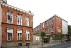 Lagere Meisjesschool 9