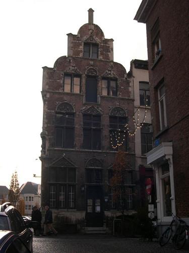 Mechelen Onze-Lieve-Vrouwestraat 64