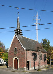 Kapel Onze-Lieve-Vrouw Termuren met omgevend perk