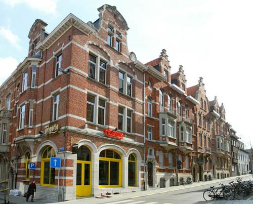 Leuven Arendstraat 1-11, Koning Leopold I-straat 2