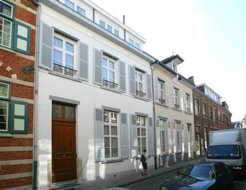 Leuven Onze-Lieve-Vrouwstraat 25-29