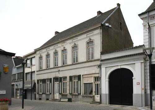 Geraardsbergen Sint-Goriksplein 9-11