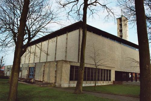 Eeklo Oostveldstraat Kerk