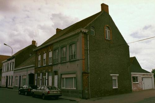 Sint-Laureins Dorpsstraat 73-75