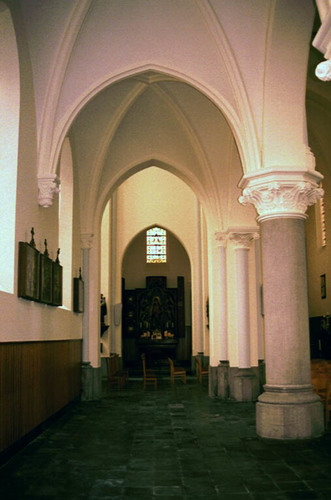 Sint-Laureins Kerkplein zonder nummer Parochiekerk Sint-Margareta