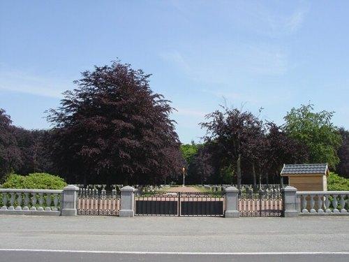 Houthulst: Belgische begraafplaats: Ingang