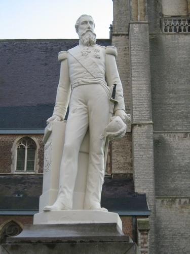 Antwerpen Ekeren Markt zonder nummer standbeeld Leopold II