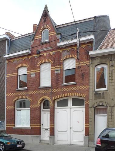 Roeselare Albrecht Rodenbachstraat 49