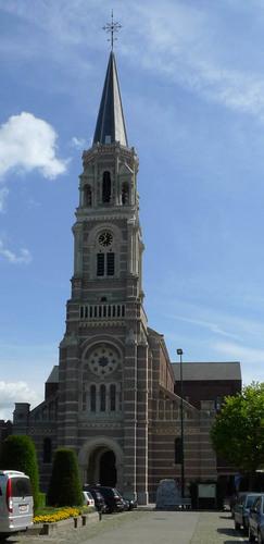 Roeselare de Coninckplein zonder nummer Sint-Amandskerk
