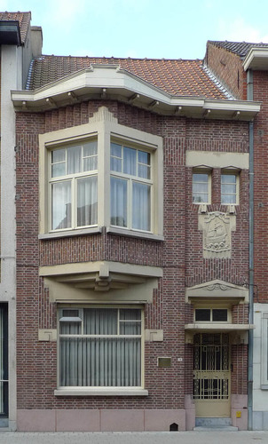 Roeselare Hugo Verrieststraat 39