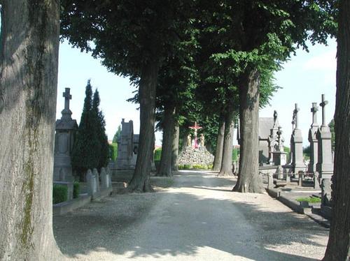 Meensesteenweg z.nr. begraafplaats