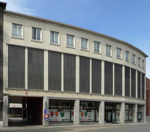 Roeselare Rumbeekstesteenweg 26-30