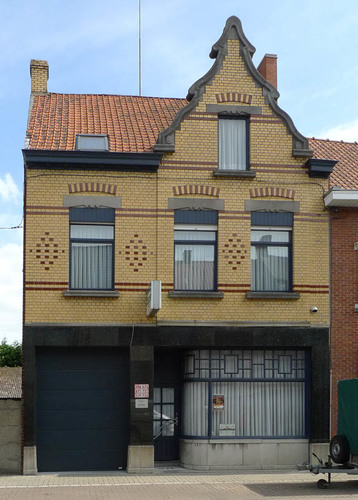 Roeselare Rumbeekstesteenweg 147