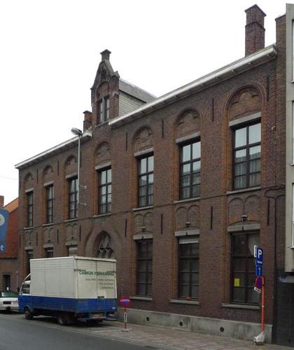 Roeselare Vrouwenstraat 2