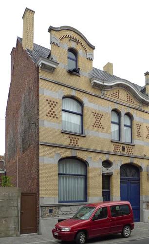 Roeselare Wallenstraat 59, 63-65