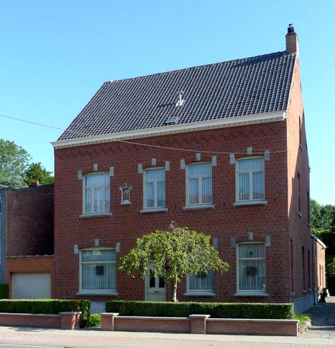 Roeselare Izegemsestraat 11