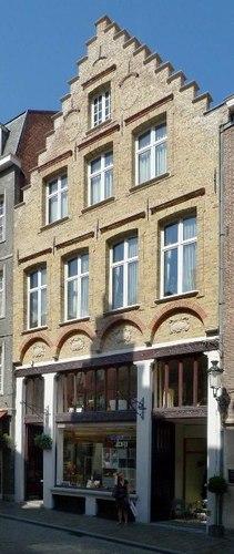 Brugge Academiestraat 9