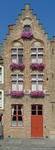 Brugge Jan van Eyckplein 5