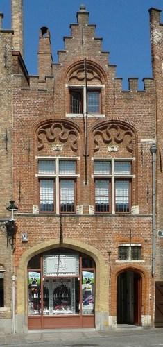Brugge Jan van Eyckplein 7