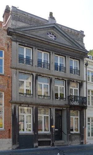 Brugge Jan van Eyckplein 10