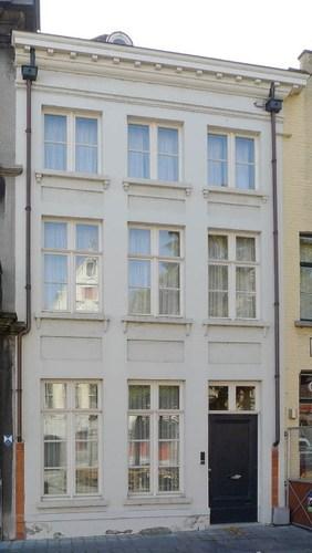 Brugge Jan van Eyckplein 11