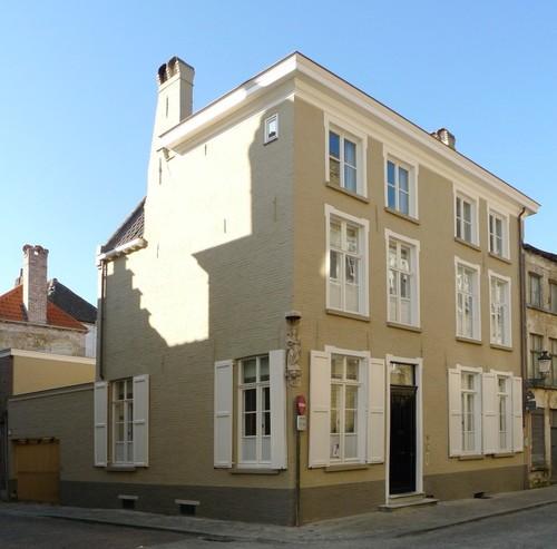 Brugge Sint-Walburgastraat 6