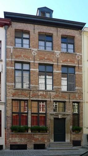 Brugge Sint-Walburgastraat 16