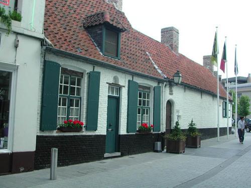 Kortrijk Baggaertshof 35-37