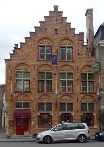 Brugge Sint-Salvatorskerkhof 17
