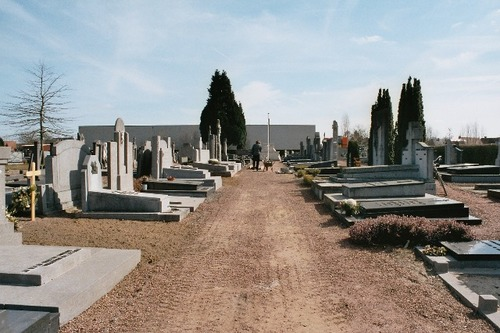 Hamme Priester Edward Poppestraat zonder nummer Begraafplaats