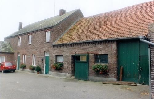Peer Mgr.  Broekxstraat 5-6
