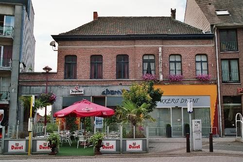 Zele Markt 16