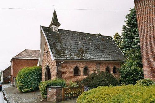 Zele Veldekensstraat zonder nummer Kapel Onze-Lieve-Vrouw van Banneux