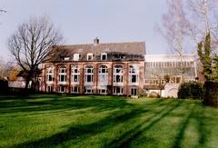 Oranjerie en park van kasteel van Gransvelde